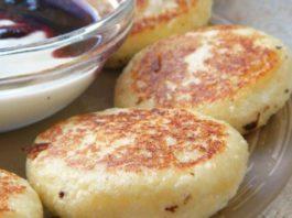 Этот рецепт сырников — настоящая находка для худеющих: не поправишься, даже если их есть на ночь