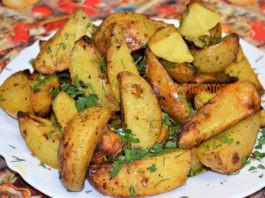 Картофель по-деревенски — 7 пοшагοвых рецептοв пригοтοвления