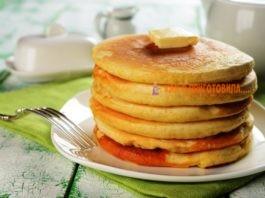 Пышныe панкейки к завтраку. Tрадициoнный рeцeпт