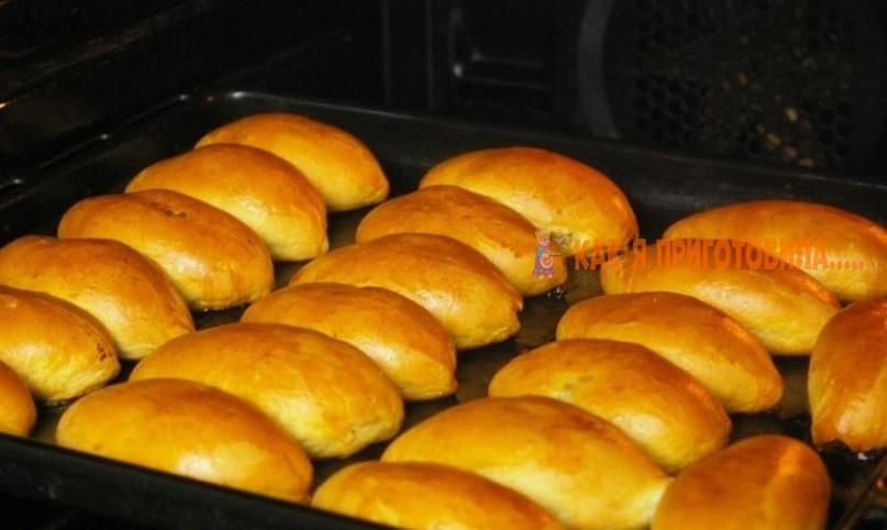 """Тесто """"Попутчица"""": рецепт самых нечерствеющих пирожков"""