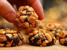 Всего 2 ингредиента и 15 минут: вкусные домашние конфеты без шоколада